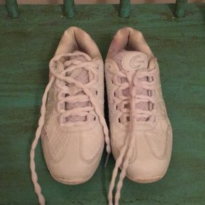 Other - White Chasse cheer shoes size 3